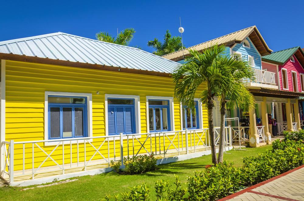 Saint-Kitts-Nevis-Adalari3