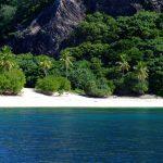 tropical-beach-1370930-640x480